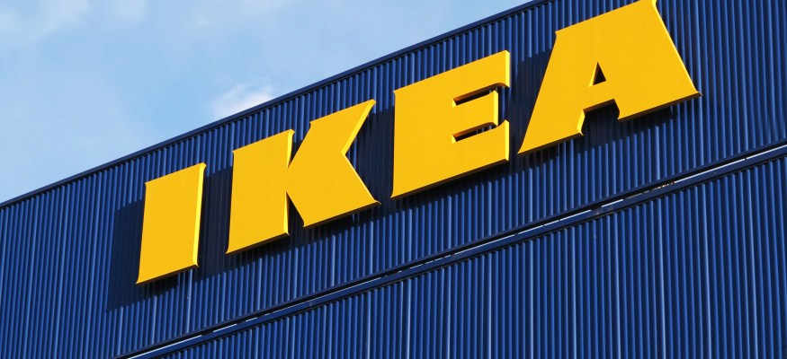 IKEA store offers beds to stranded motorists in UK