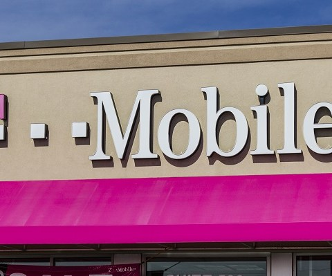 T-Mobile announcement: How the wireless provider is changing customer service