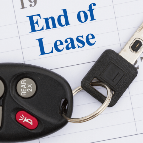 End of lease message with monthly calendar with car keys.