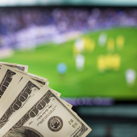 How to get out of a cable or internet contract with no penalty