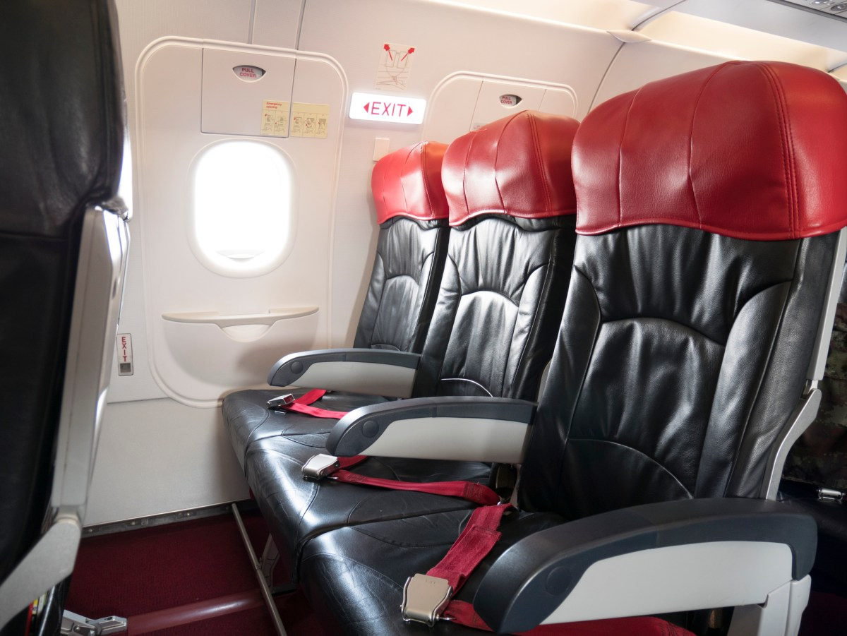 How to choose the best seat on any airplane