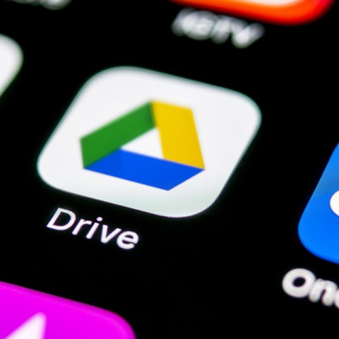 GoogleDrive and OneDrive and other apps you can use to free up iPhone storage