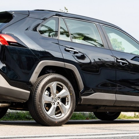 Toyota Rav4 is one of the cars that people keep the longest
