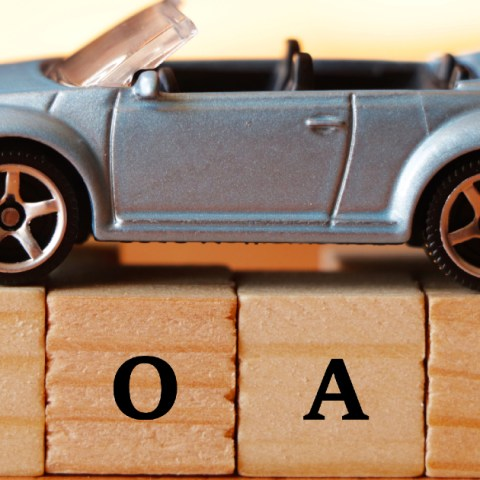 Refinancing an auto loan can save you money.