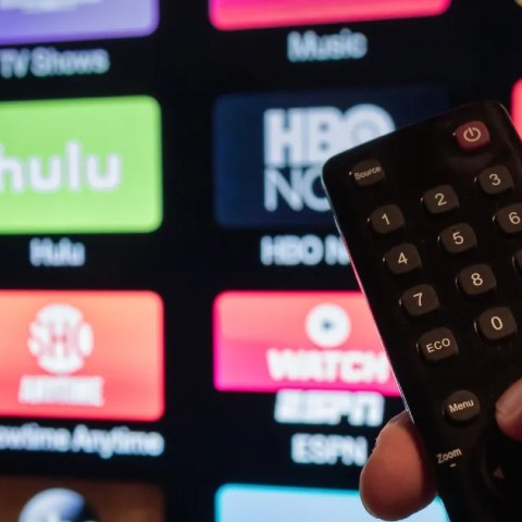 Live Streaming TV vs. Video Streaming Services
