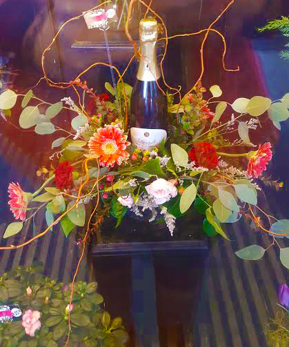 Luepke Flowers and Finds Vancouver Champagne Arrangement