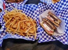 Top Burger Camas fries