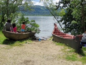 Cottonwood Beach canoe