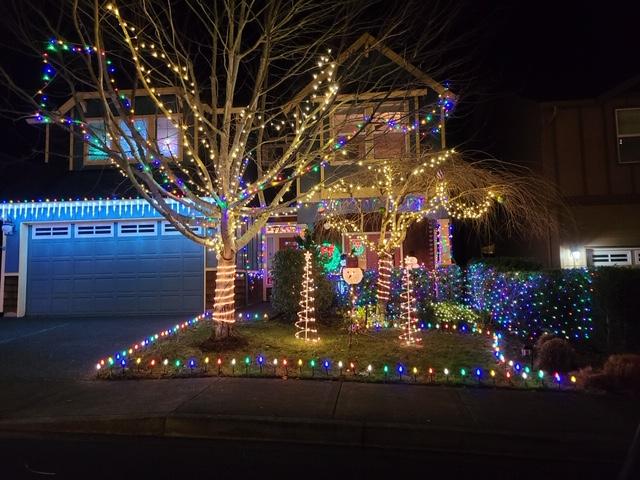 Holiday Lights 51st St Washougal
