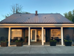 The-Olde-Library-Inn Ridgefield-bed and breakfast-at-dusk
