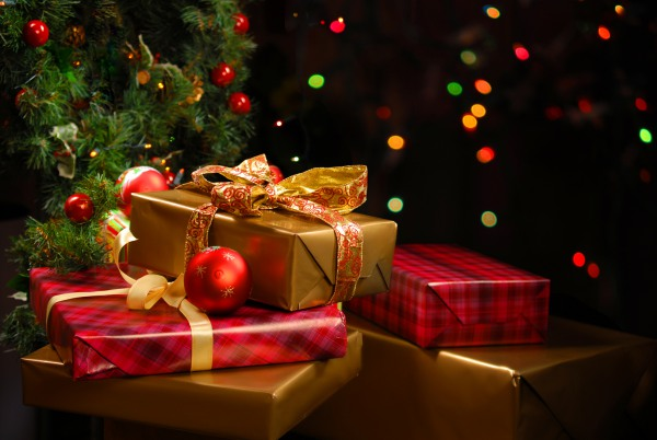 Clark's advice: How to avoid overspending during the holidays