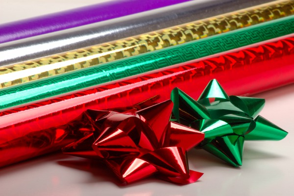 16 things you should definitely buy at the dollar store this holiday season