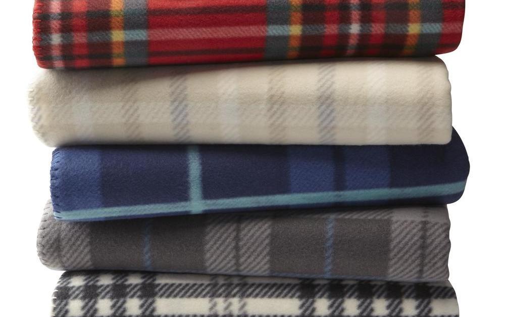 Fleece throw blankets under $4