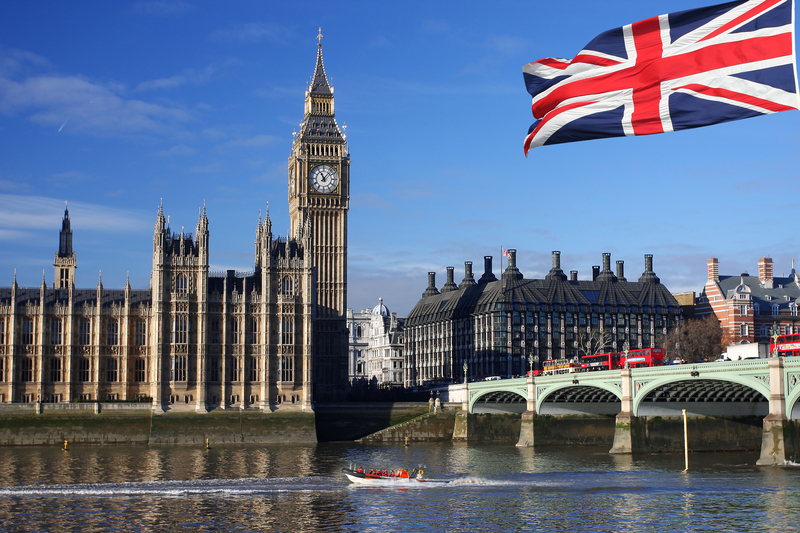 Flights to London in the $400s round-trip!