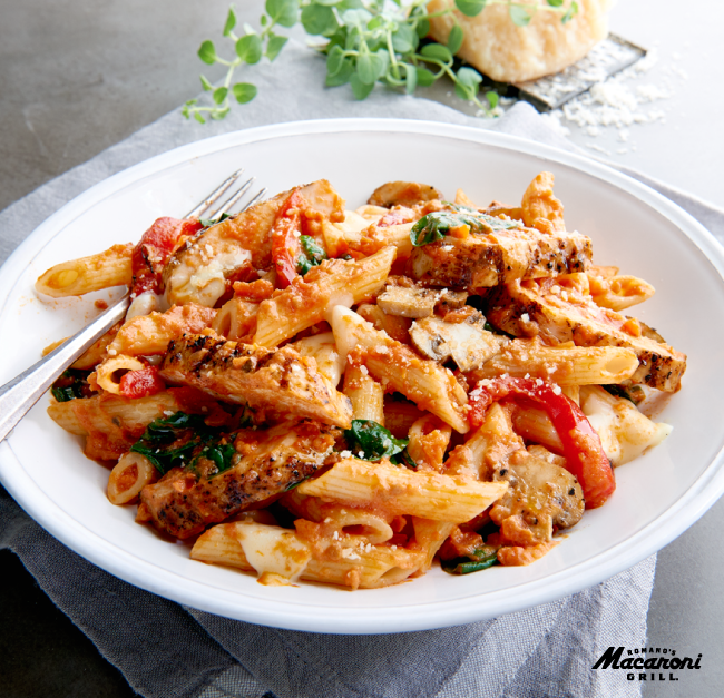 Take 25% off orders of $10+ at Macaroni Grill