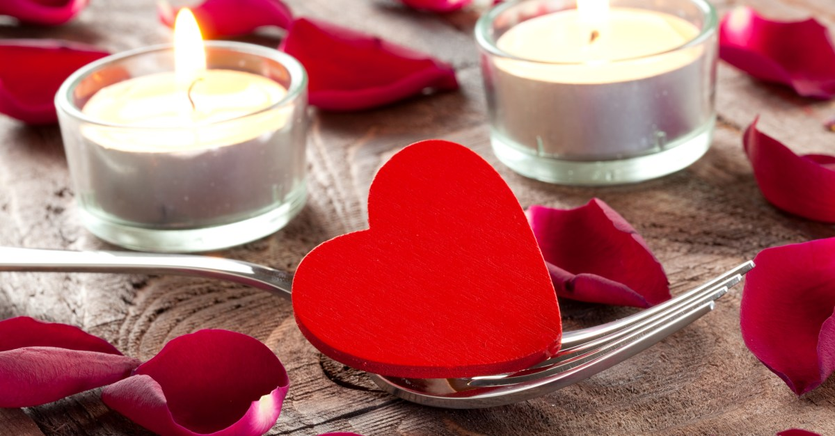 37 great Valentine's Day restaurant deals & freebies!