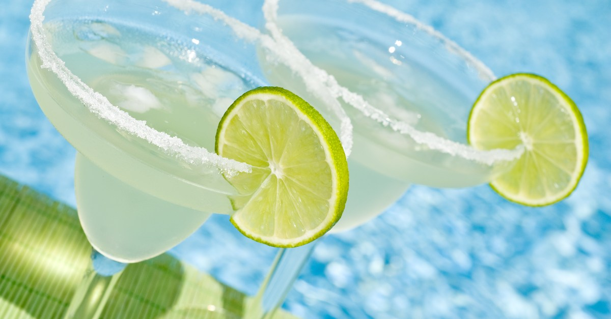 13 places to get the best deals for National Margarita Day!