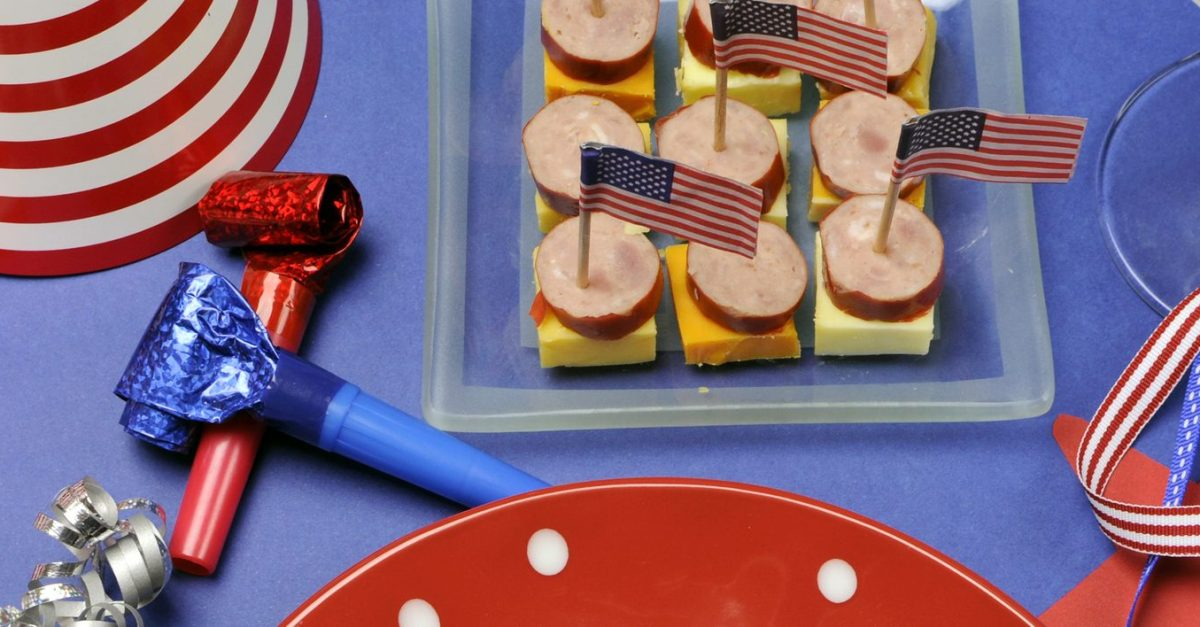 How to throw a killer 4th of July cookout on a budget