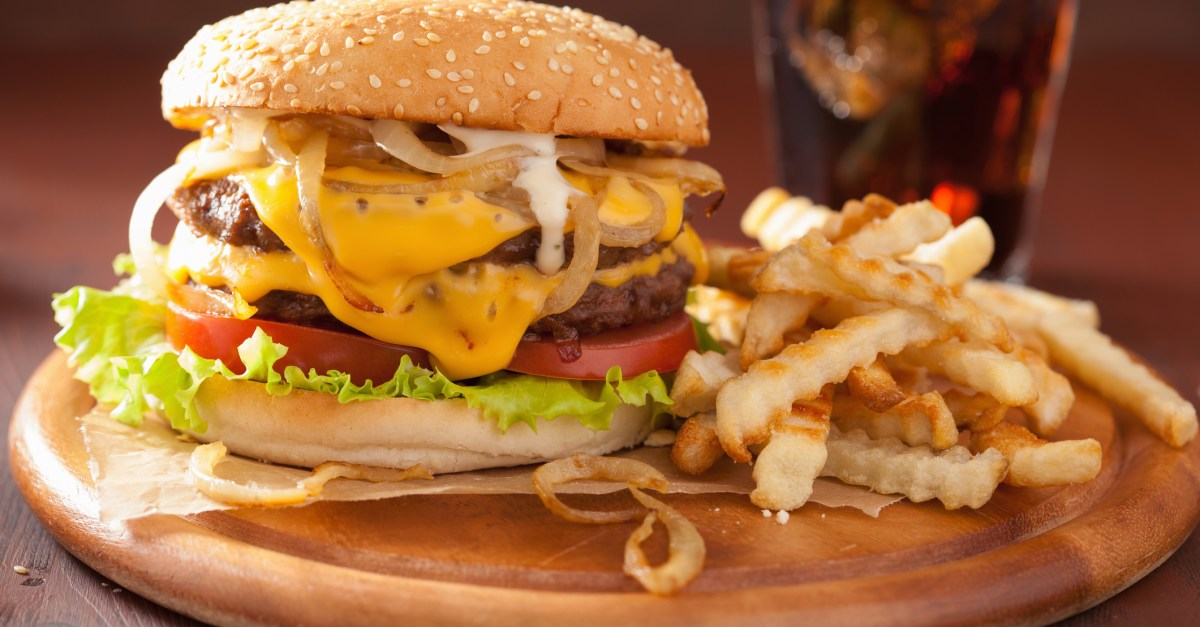 National Cheeseburger Day: 18 delicious deals & freebies!