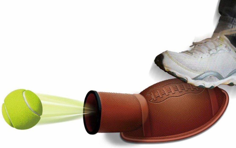 Tennis ball launcher dog toy for $3