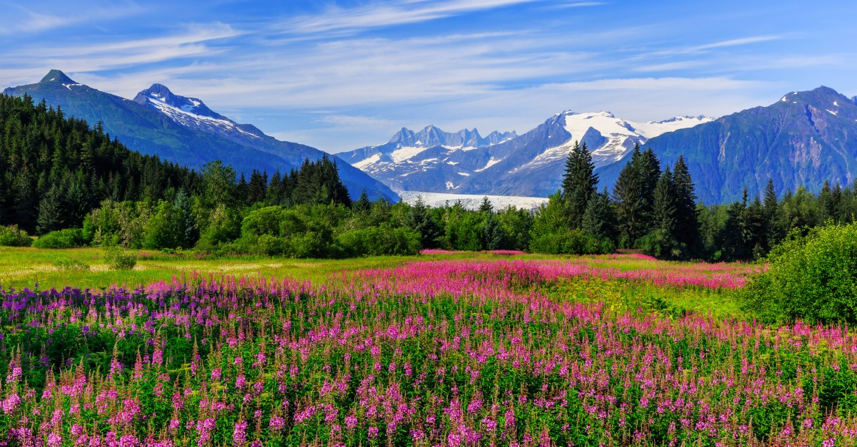 United Airlines sale: Flights to Alaska from $189