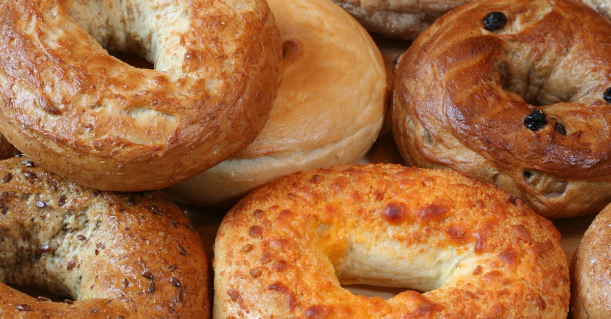 5 great deals & freebies for National Bagel Day!