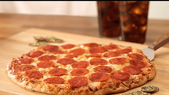 Chuck E. Cheese's: Get a free pizza with rewards program signup