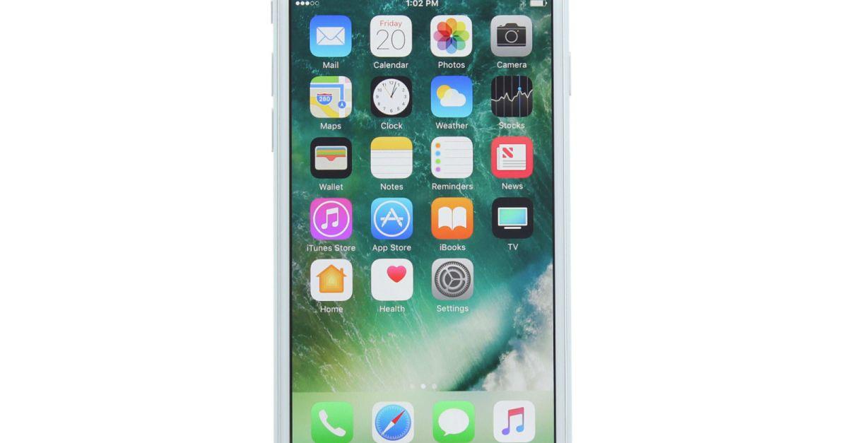 Refurbished 32GB Apple iPhone 7 unlocked GSM smartphone for $289