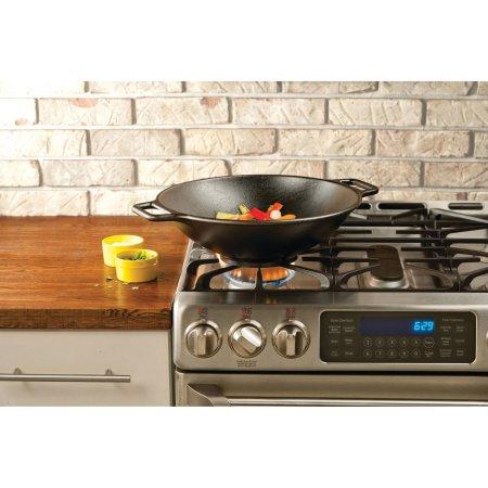 Lodge 14-inch wok