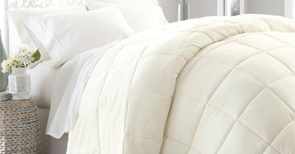 Ultra-soft lightweight down alternative comforter from $33