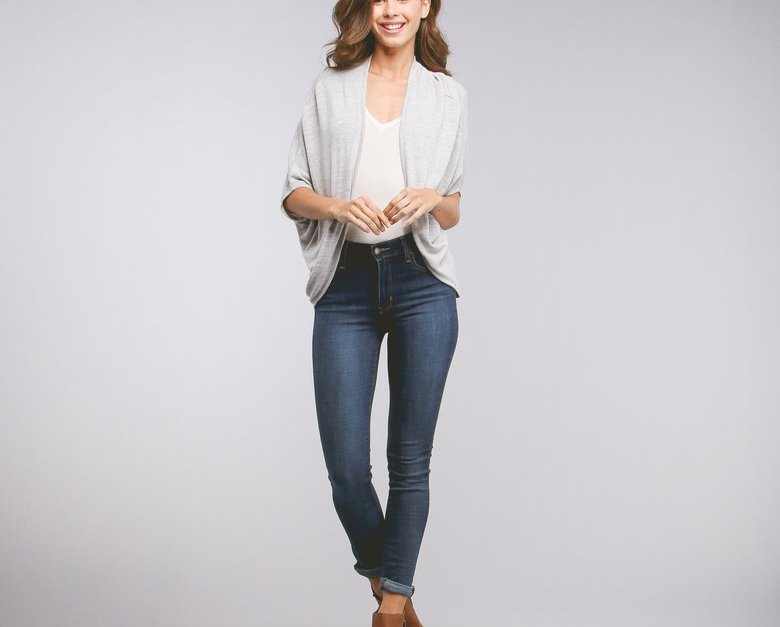 Clothing and shoes under $10 at Hollar