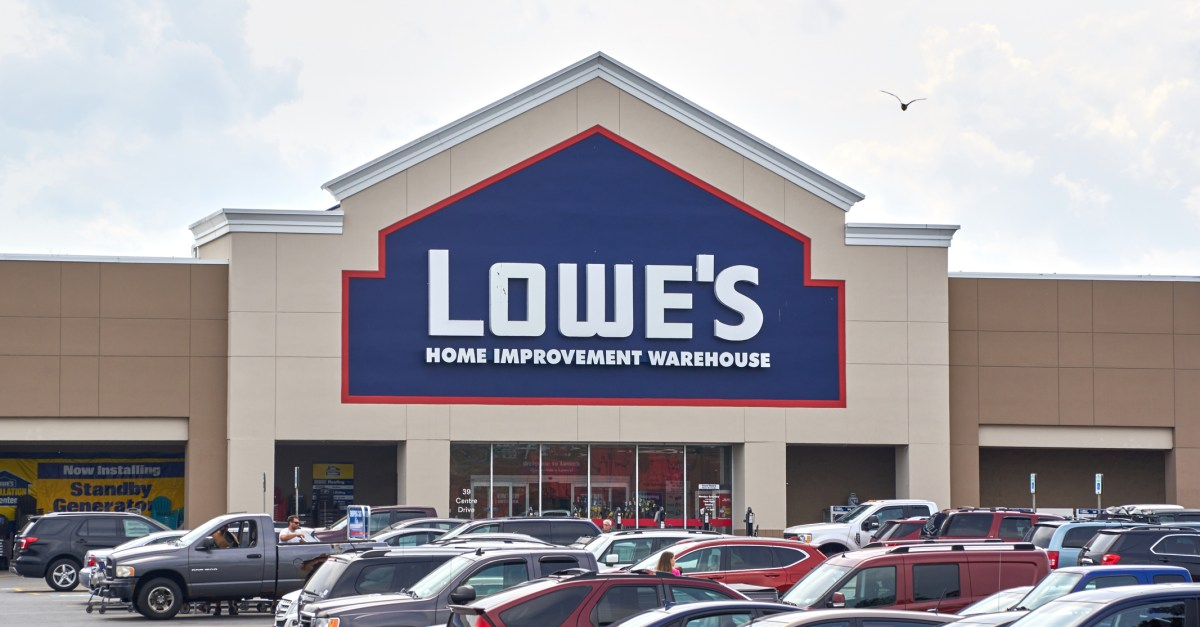 Lowe's Home Improvement: The best deals right now!