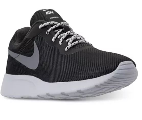 Nike Tanjun men's running shoes for $34