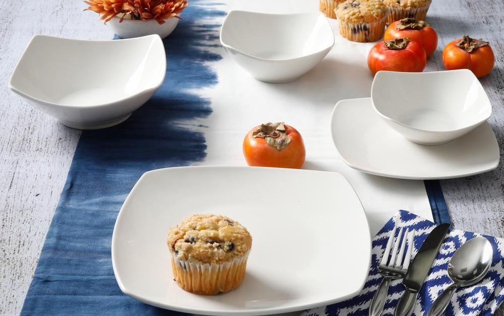 40-piece Gourmet Expressions dinnerware sets for $40