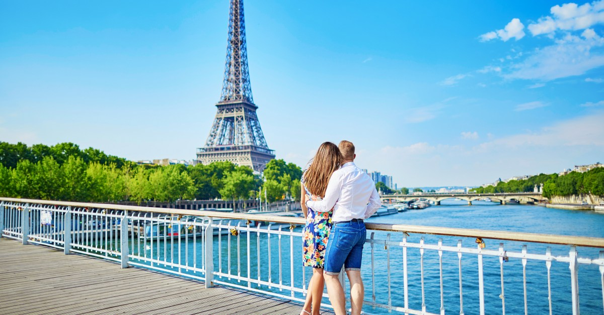 Flights to France in the $400s & $500s round-trip!