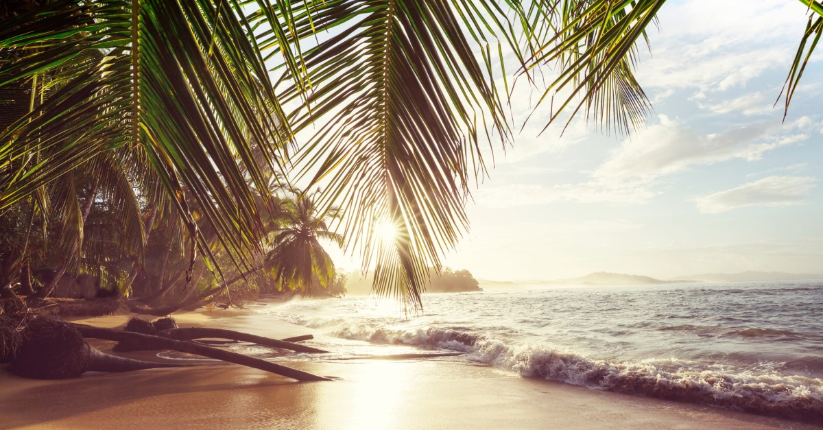 Flights to Costa Rica in the $200s & $300s round-trip!