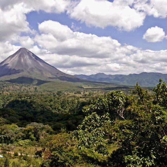 8-night Costa Rica escape with flights & hotels from $954