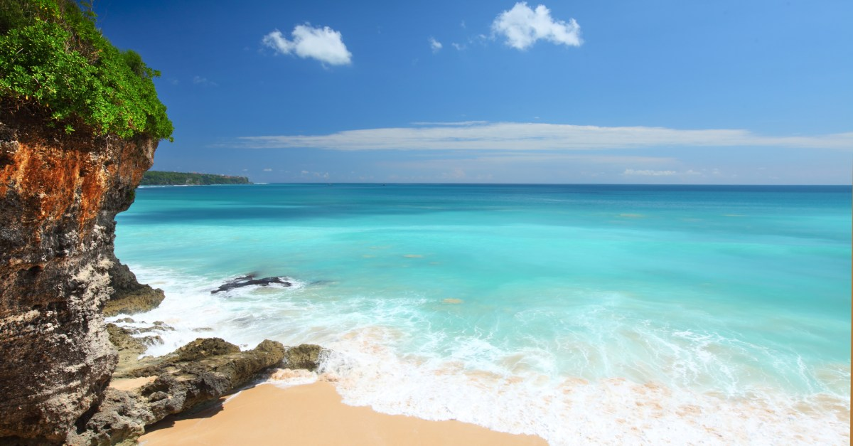 Singapore Airlines sale: Round-trip fares to Bali from $540!