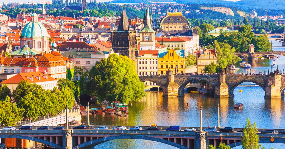 4-night trip to Prague with airfare & hotel from $499