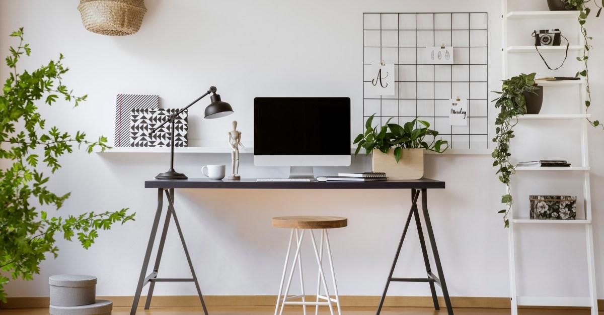10 great standing desk deals from $24