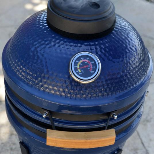 Lifesmart Deen Brothers Series 15″ Kamado ceramic grill for $174