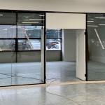 Glazing partition