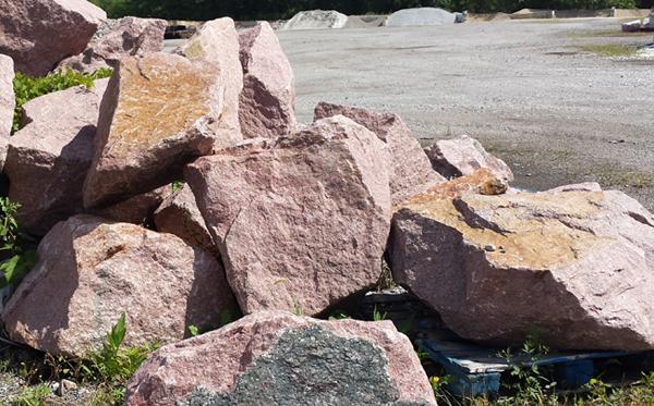 Crazy Horse Boulders 2
