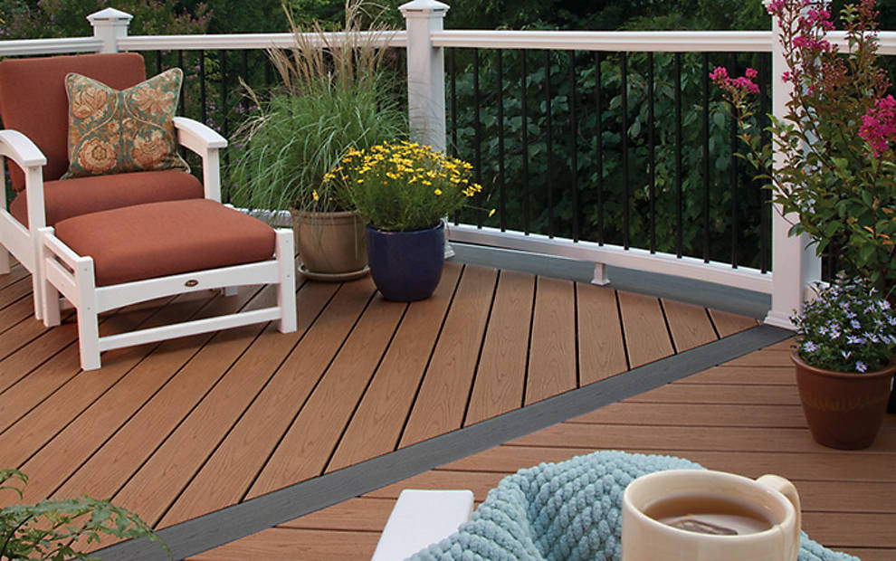 choosing the right decking material