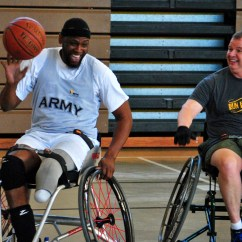 Chair Games For Seniors Heavy Duty Gaming Wounded Soldiers Challenge Senior Officers In Wheelchair