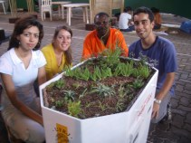 Semana Nacional de Ciência e Tecnologia UFRJ, 2008. Maqueta das guaritas do Fundão, com o Telhado Verde.