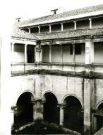 (FOTO 12) Claustro do colégio do Carmo