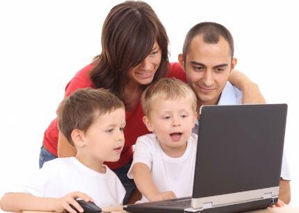 Charla sobre los riesgos de internet