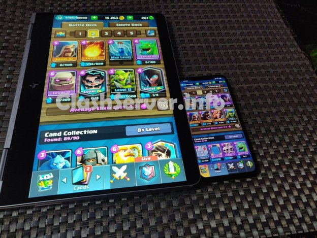 Clash Royale side by side Laptop vs iPhone XS Max gameplay