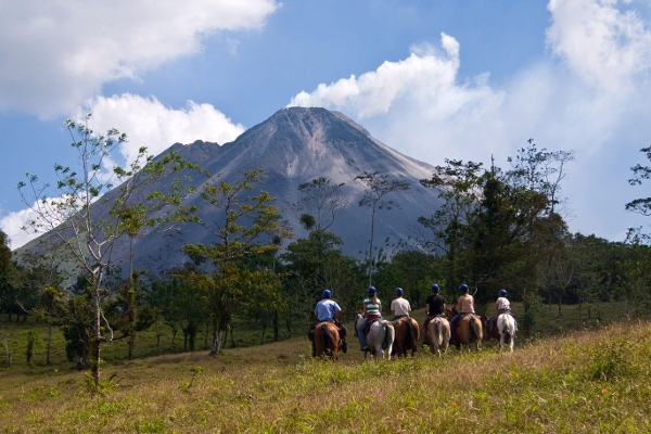 Arenal horseback riding tour